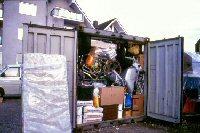 Bild: vorher: Container in DE